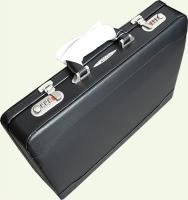 Кейс MILANO 2072, из искусственной кожи, черный