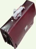 Портфель Pierre Cardin PC027, из натуральной кожи, цвет - бордовый