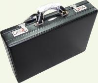 Кейс из натуральной кожи Pierre Cardin PC0015, черный