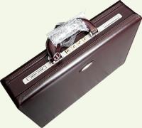 Кейс Pierre Cardin PC0019, из натуральной кожи, бордо