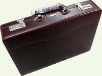 Кейс из кожи Pierre Cardin PC0132 бордовый
