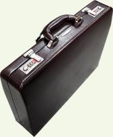 кейс из натуральной кожи Pierre Cardin PC1063 вид под углом