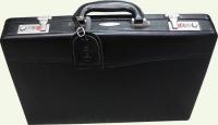 Кейс из кожи Pierre Cardin PC1068-s черный вид сбоку